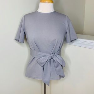 🎉5 for $25🎉 Gray Bow Blouse